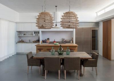 elegant additional dining room in villa ines