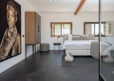 deluxe double bedroom in villa tierra