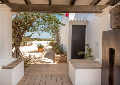 villa tierra perfect pathway to get in the property