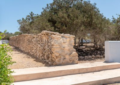very nice acient wall in formentera villa tierra