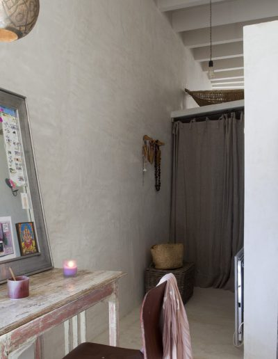 spaceful wardrobe in villa bohemian