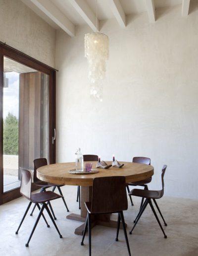 glamorous dinner table at villa bohemian, formentera