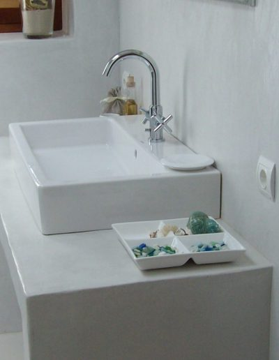 modern white bathroom in villa eloisa formentera