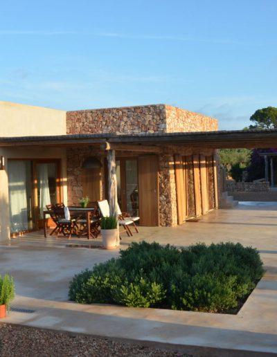 extravagant porch in villa eloisa