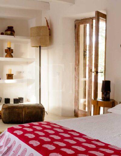 guest beds in summer holiday luxury villa for rent, villa casanita in formentera