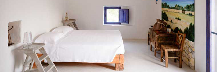 bedroom shot of the annex bedroom of villa casanita in beautiful formentera
