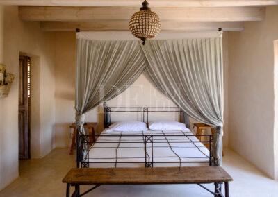refined bedroom in villa Barbara, summer holidays property for rent in formentera