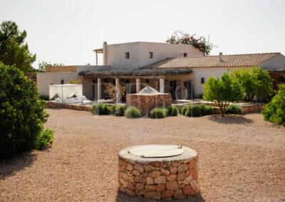 car park on the entrance of villa Barbara, luxury property for rent in formentera