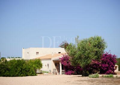 external view of luxury villa Barbara summer rental in formentera