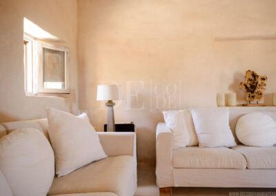 furniture detailing in villa Barbara, a refined property for rent in sant francesc, formentera