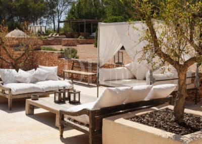 perfect chilling area in the outdoor area of villa Barbara for rent in formentera, sant francesc area