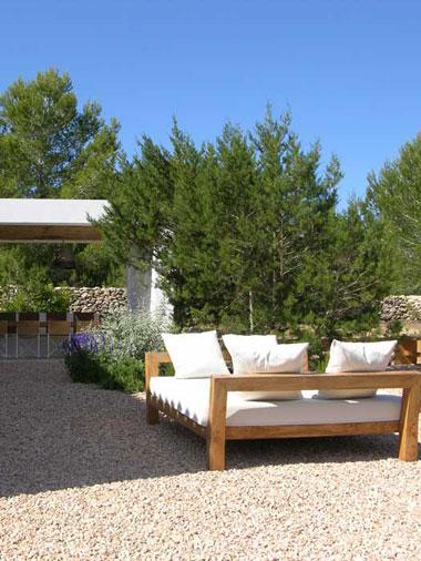 garden space at villa es vedra second shoot
