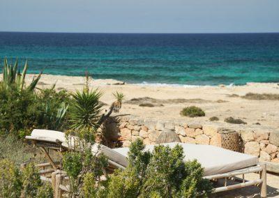 very nice beach view from villa om
