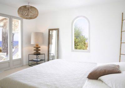 fancy double bedroom in villa Om